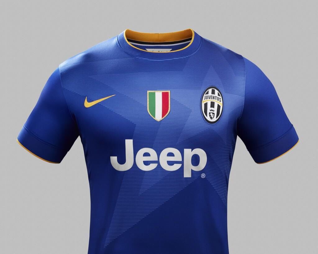 official photos 9286e 8f4fc The Juventus 14/15 Away Jersey | Soccer clubs Kits ...