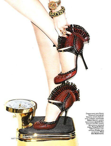 Matt-Irwin-Vogue-Russia-Dec-2009-libra
