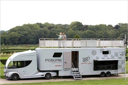 Trailer home with rooftop terrace, i like it!