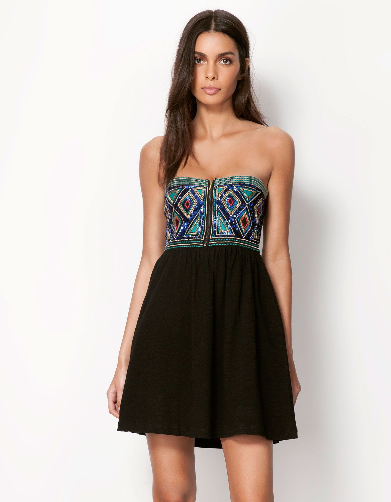 1dc231e02748b Bershka Singapore - Bershka appliqué detail dress | Fashion ...