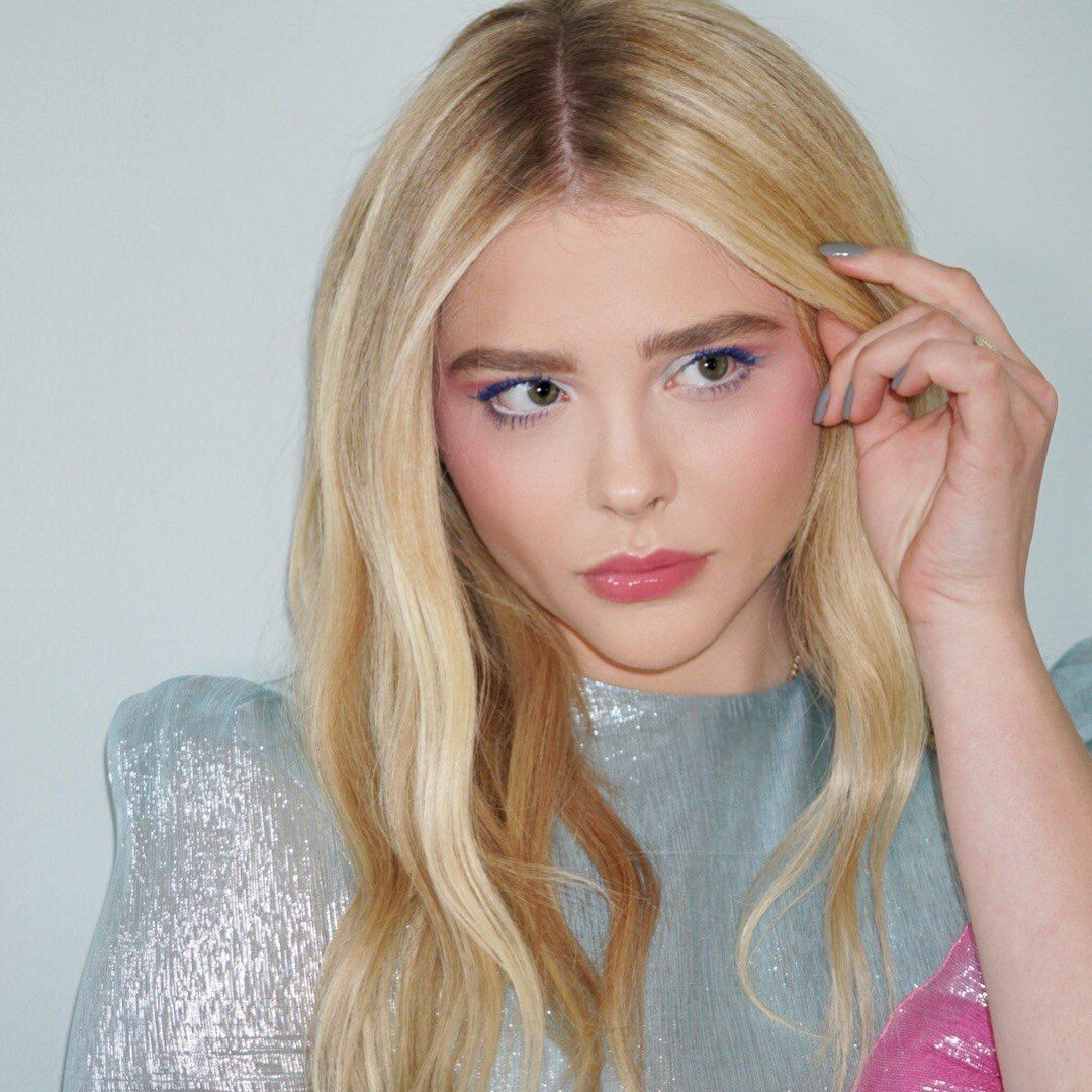Chloe Grace Moretz Blonde Celebrity Hair Celebrity Hair Stylist