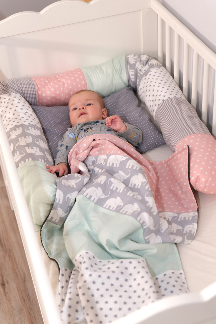 Patchwork Babybett Mädchen Bettschlange MINT/ROSA