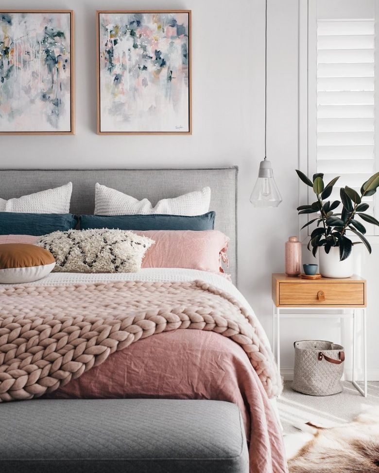 Dusty Pink Bedroom With White Szary Sypialnia Inspiracje