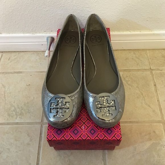 Brand New Tory Burch Reva Flats Size 9 Brand new. Leather upper & lining.