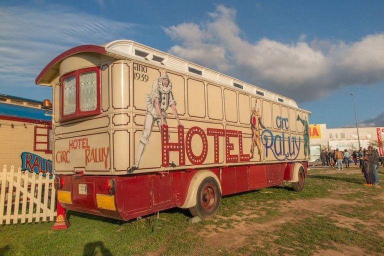 Hotel itinerante circo restaurado