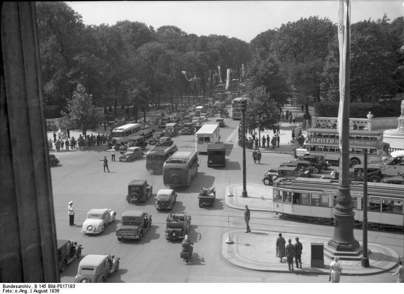 1936 Blick Vom Brandenburger Tor Auf Den Verkehr Bei Den Olympischen Spielen Berlin Brandenburg Gate Photo