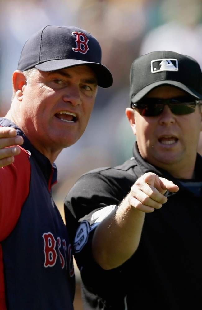 Oakland Ca July 14 Boston Red Sox Manager John Farrell Argues With Umpire Todd Tichenor After Yoenis Cespede Red Sox Nation Red Sox Baseball Boston Red Sox