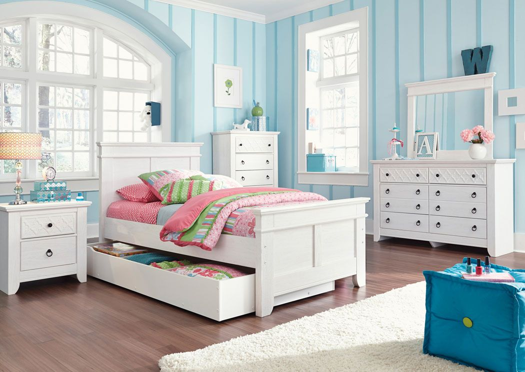 Iseydona Twin Panel Storage Bed, Dresser and Mirror