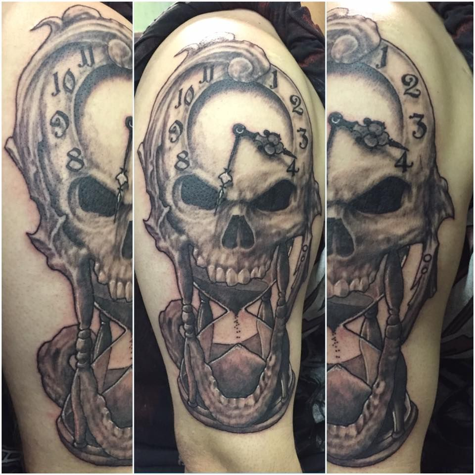 Skull Hourglass Clock Tattoo