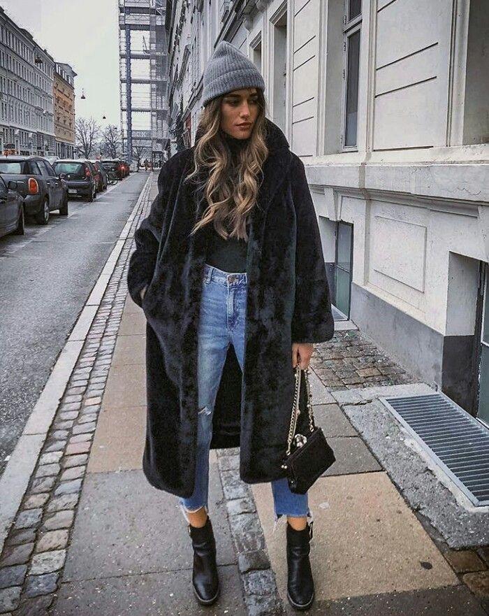 Velvety coat 😍