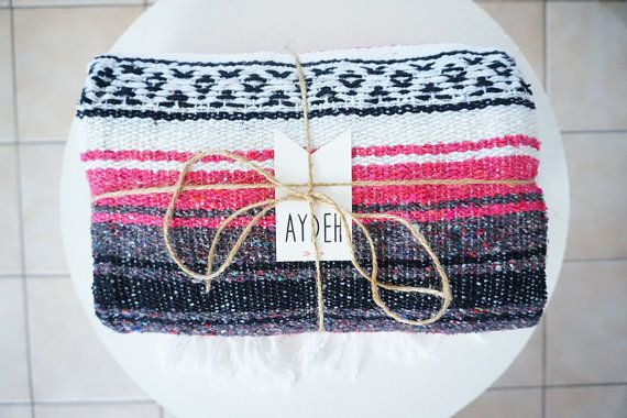 Mexican Blanket // Pink-Gray-White-Black