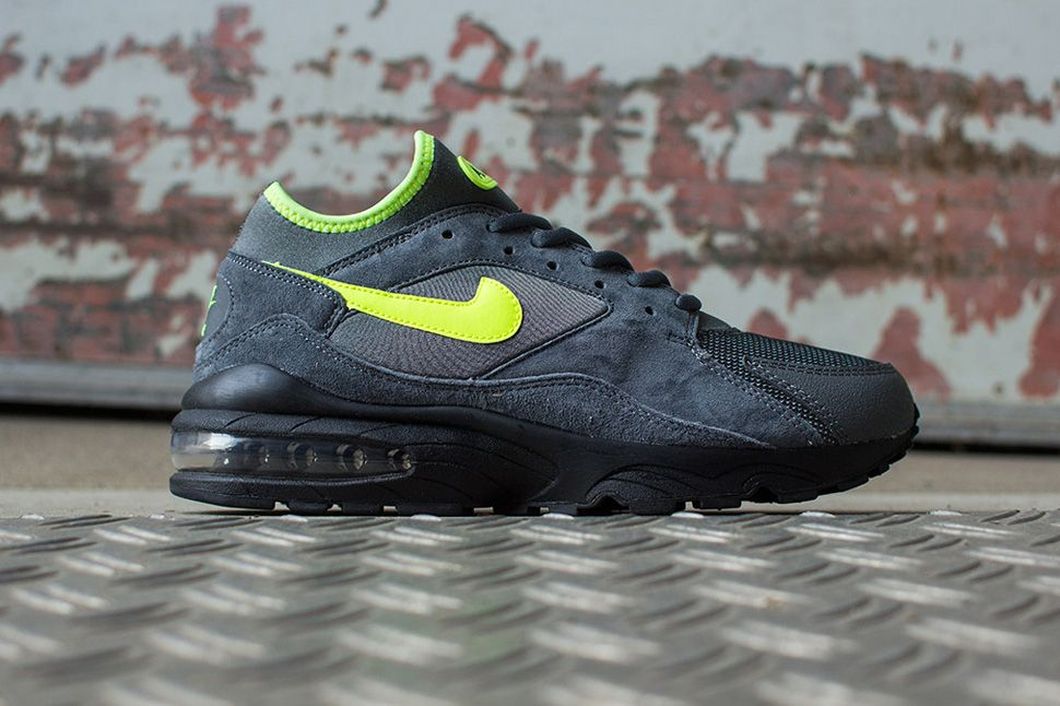 newest collection d9dd9 2a4c7 Nike Air Max 93 'Size? Pack' (Wider Release | sneakers | Nike shoes ...