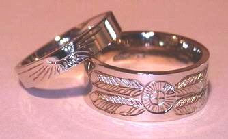 4 Corners Raven Feathers Sunburst Thin And Wide Band Rings By Bearclaw Native Indian Indian Wedding Rings Native American Wedding Rings Native American Wedding