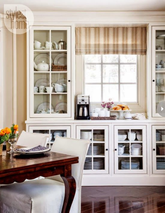 Home Tour A Laid Back Cottage Style Home In Oshawa Ontario Dining Room Cabinet Farmhouse Dining Dining Room Windows