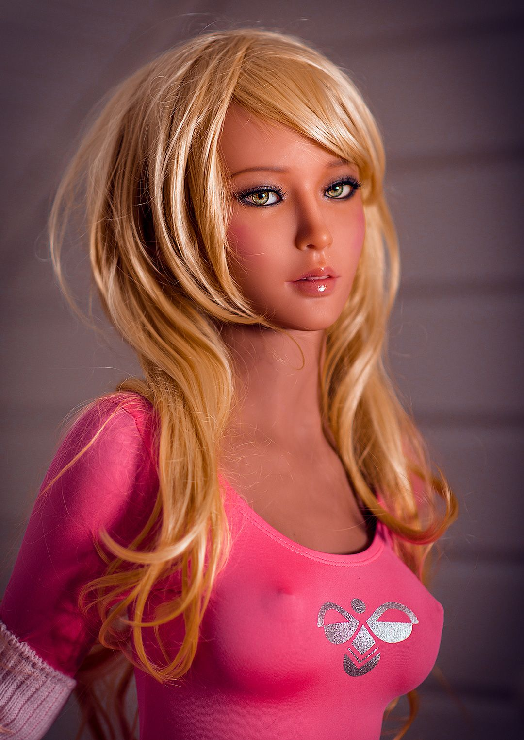 RealDoll: US firm developing sex doll that can talk back