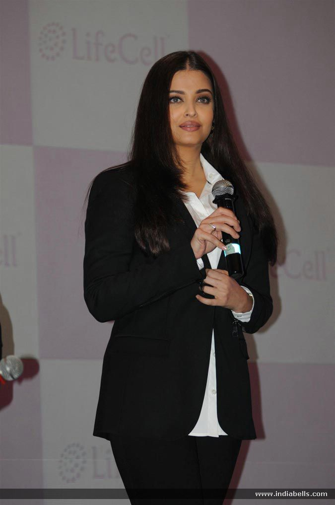 Aishwarya Rai Bachchan Launches Stem Cell Banking By Life Cell - Event Photo Gallery