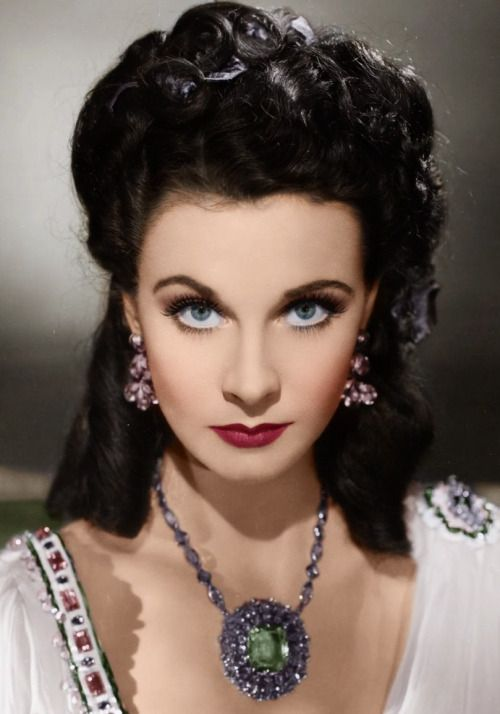Vivien Leigh in 'That Hamilton Woman', 1941 - TCM's 31 Days Of Oscar, airs this Classic Historical Romance - Tuesday, February 9th - 5:45 am. A Must Watch for Vivien Leigh & Laurence Olivier fans!