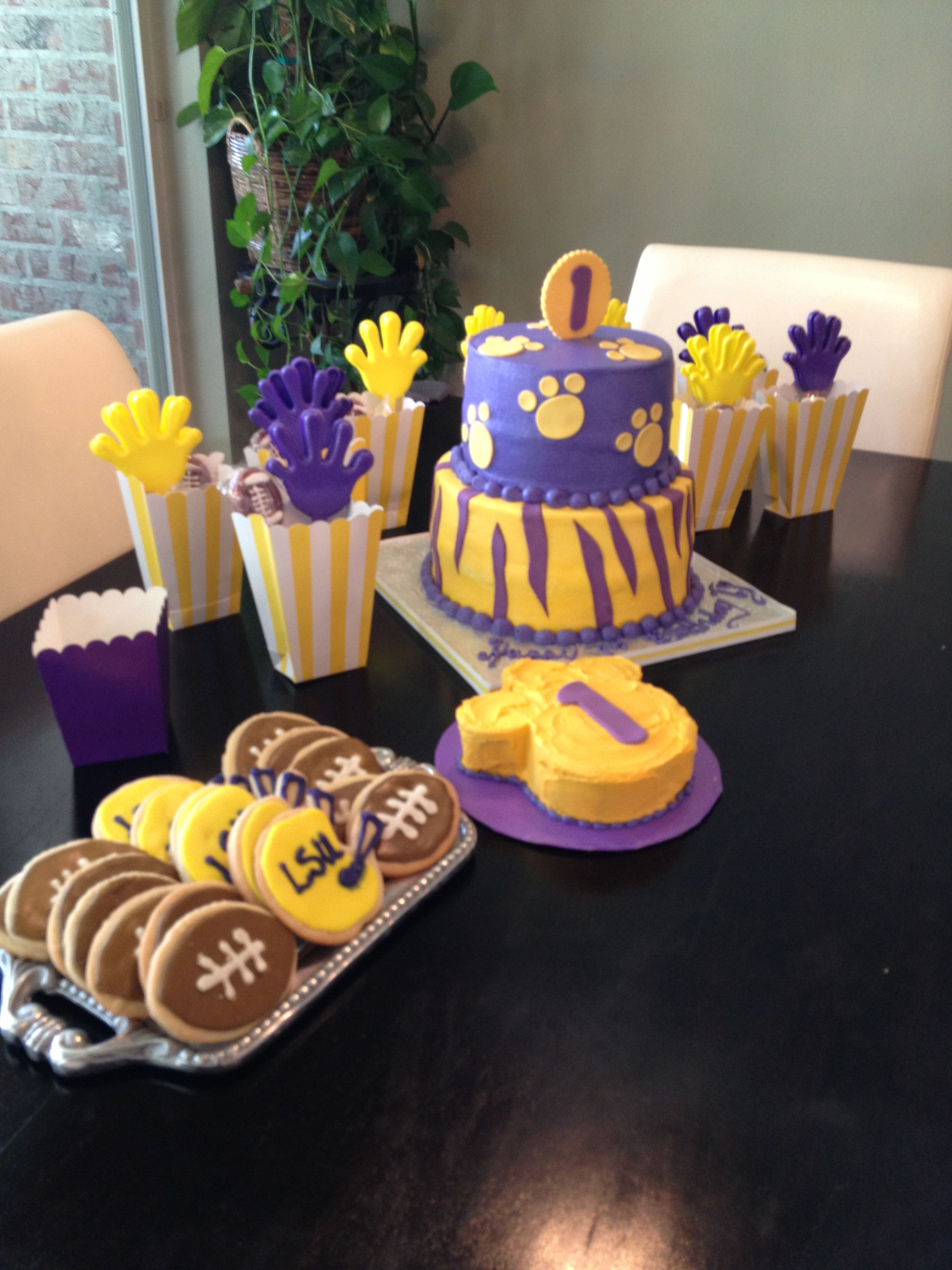 Lsu Birthday Tailgate Child Party In 2019 Cheer Party
