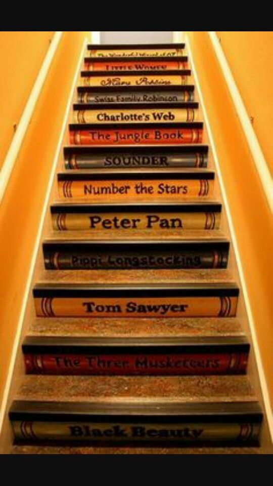 Stairs at the bookshop Regina always goes to