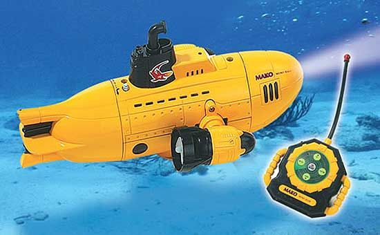 R C Diving Submarine Pool Toy With Search Light 44 95 A