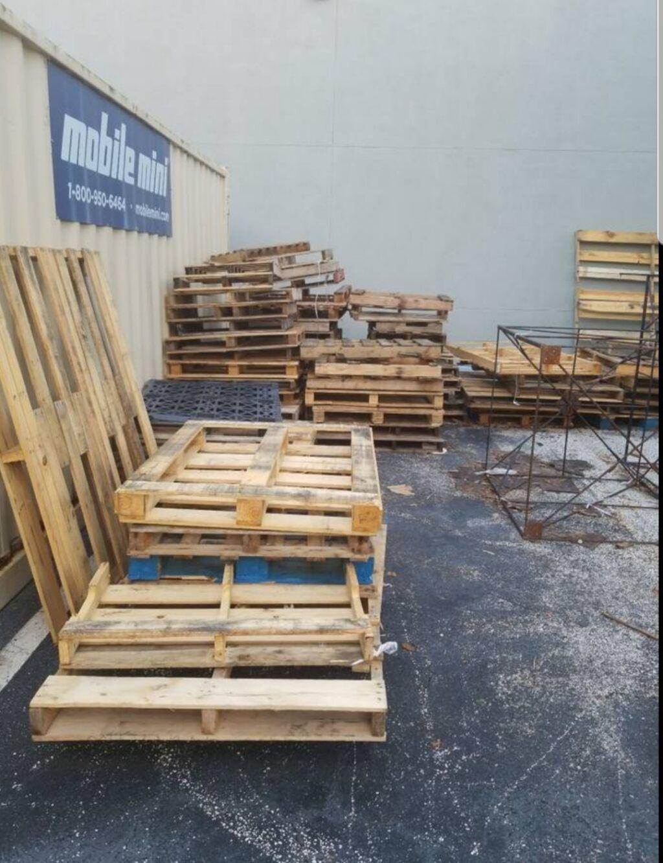 Pallet Classified Ads • 1001 Pallets in 2020 | Free wood ...
