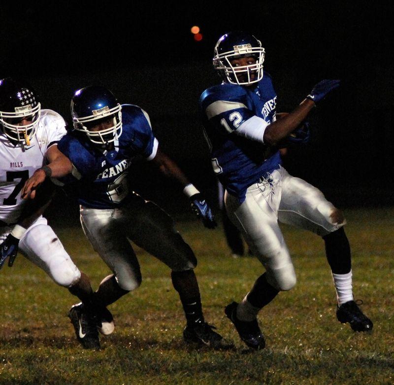 Teaneck Football Sports photograph, Sports photography