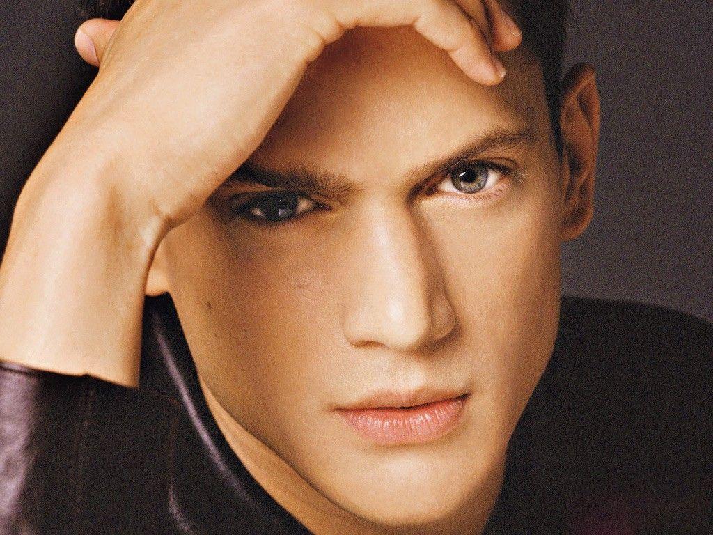 светло зеленые глаза у мужчин фото