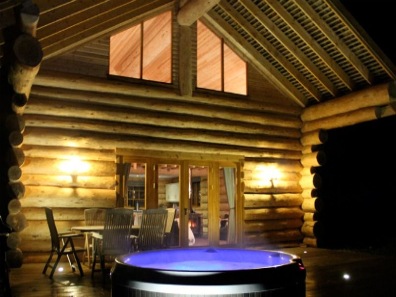 Otterstone Cabin Lodges With Hot Tubs Cabin Hot Tub Lake
