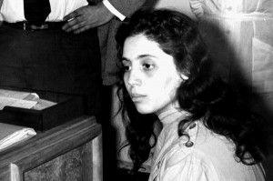Djamila Bouhired - 1935- Femme militante du FLN durant la guerre d'Algérie. Echappe à la condamnation à mort pour l'oubli et l'indigence ! http://fr.wikipedia.org/wiki/Djamila_Bouhired