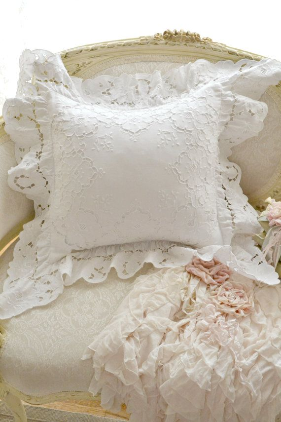 Stunning Vintage Paper White Lace Pillow by Jenneliserose on Etsy, $35.00