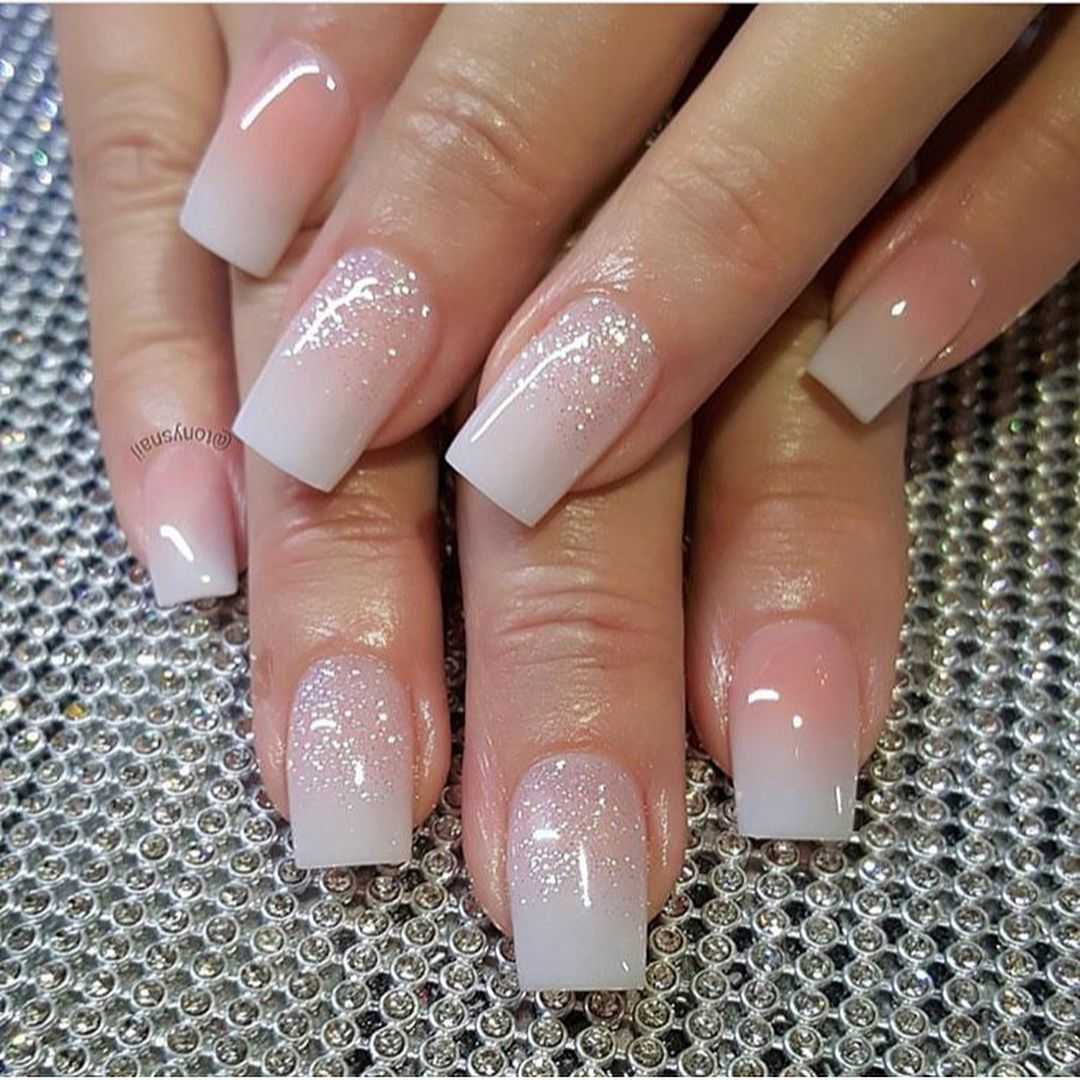 Pretty pink glitter nails