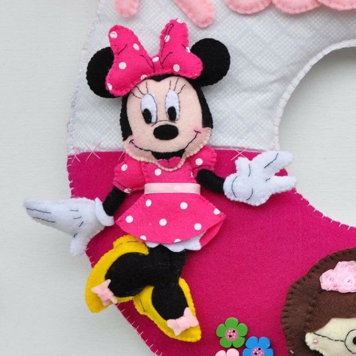 Customized Felt Name Themed Minnie Mouse Name Wall Decor Disney Crafts Fun Crafts