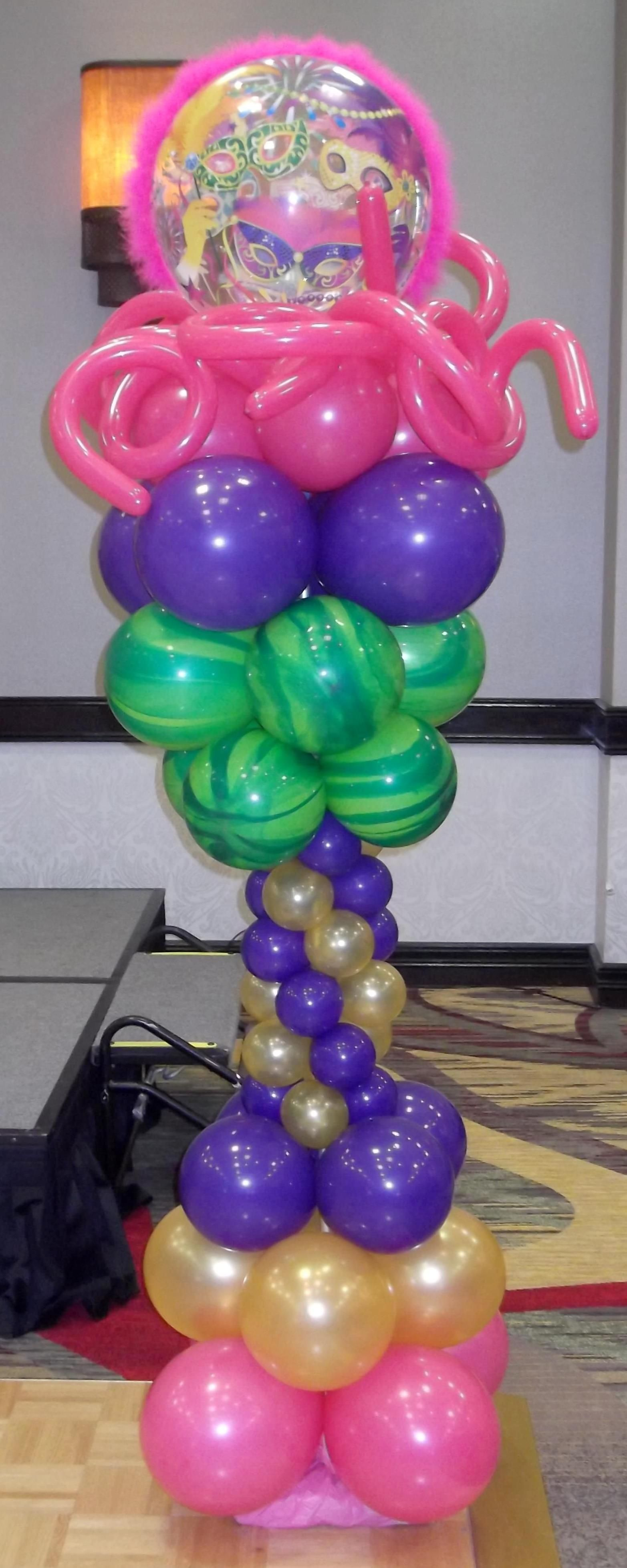 Mardi Gras Balloon column by balloonsandmoregifts.com