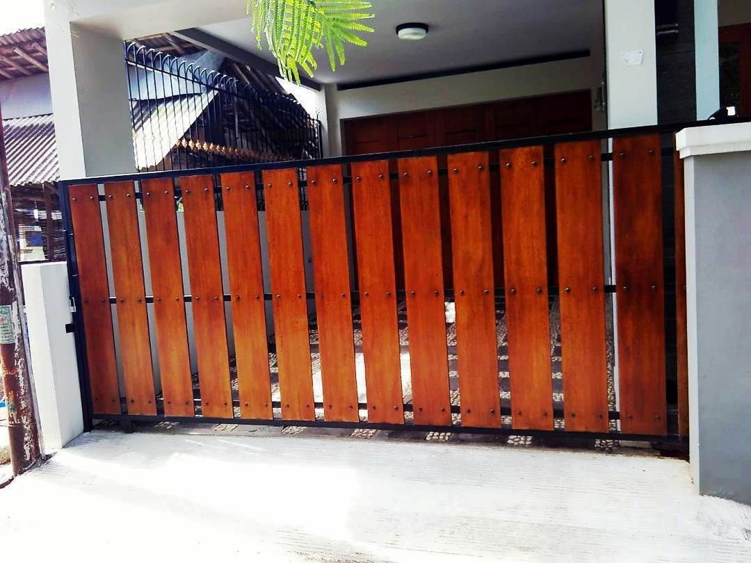 Desain Pagar Rumah Kayu Cek Bahan Bangunan