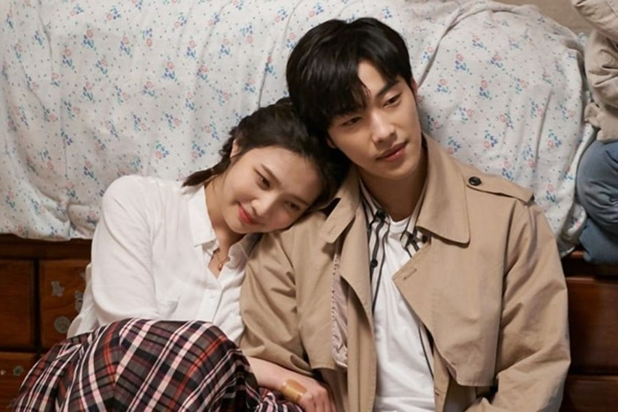 """Red Velvet's Joy And Woo Do Hwan Enjoy Their First Night Away Together In """"Tempted"""""""