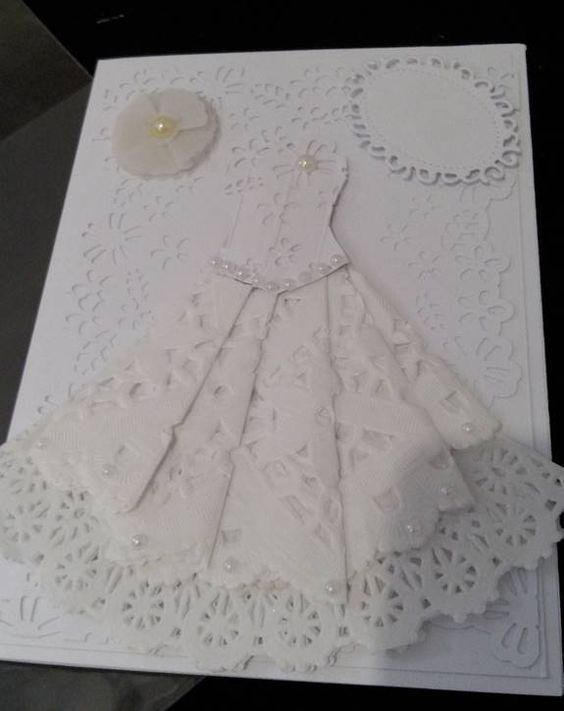 invitaciones con blondas de papel | vestiduras de blondas