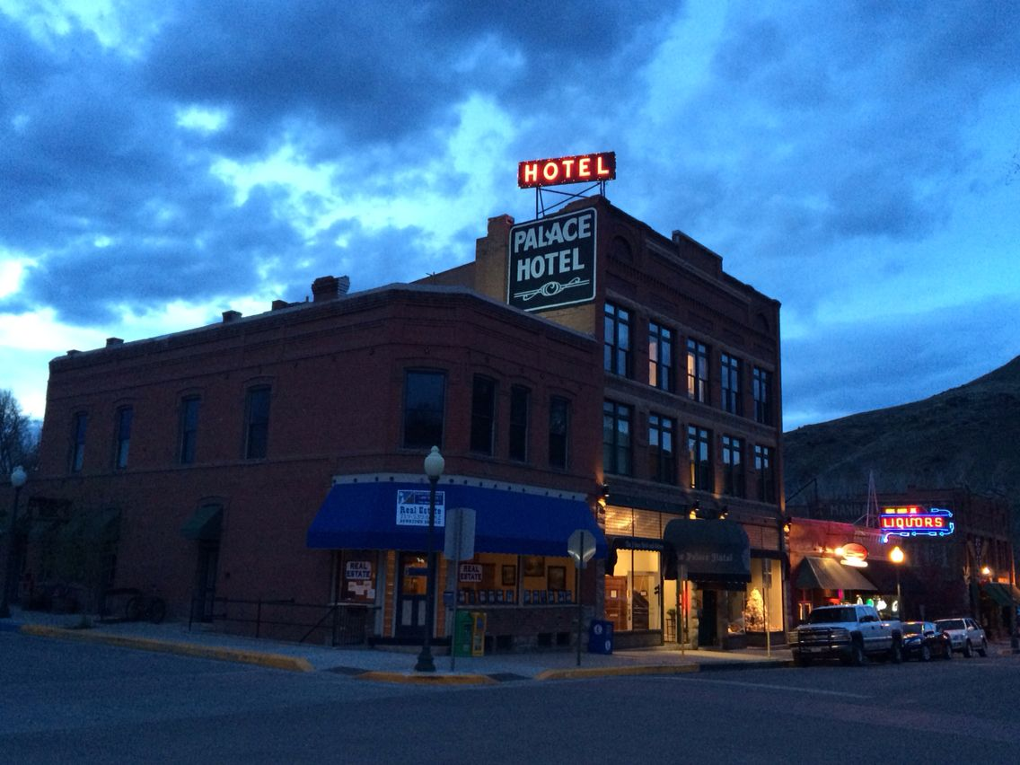 Palace Hotel In Salida Co Hot Spots To Stay Pinterest