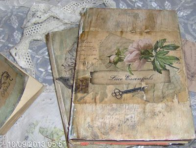 Martinel: Aged books for decoration and as an element of vintage decoration / Aged books /