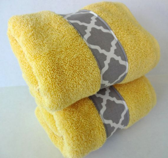 Set Of 2 Bathroom Hand Towels In Yellow And Grey Yellow And Gray