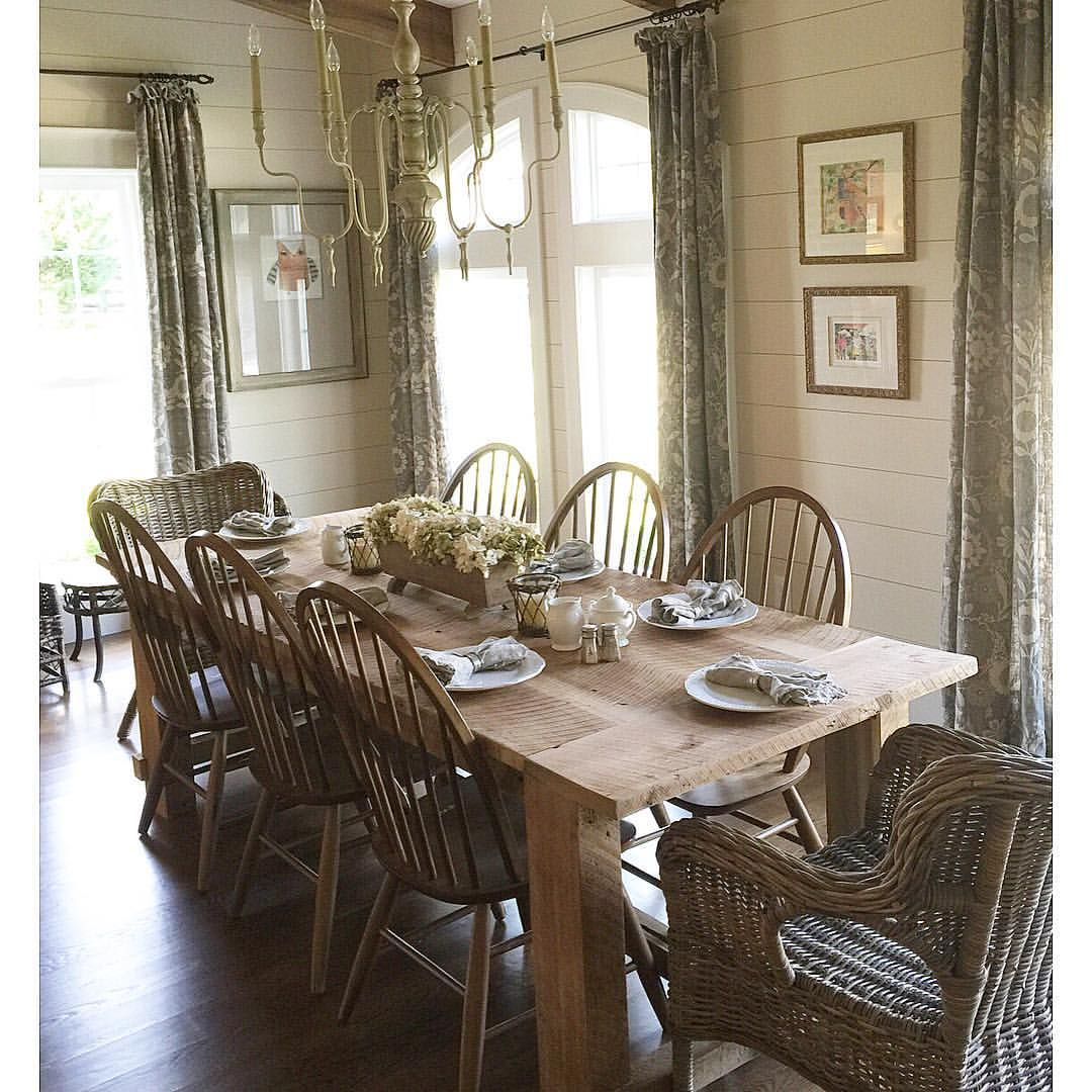 Via Blessedmommatobabygirls Table Made From 100 Year Old Barn Beams Diningtable Farmhousetable