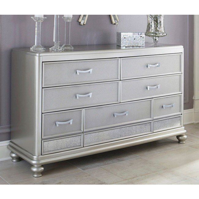 Coralayne Panel Bedroom Set (With Images)