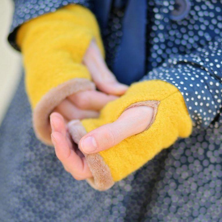 Coudre les poignets avec un trou pour le pouce (y compris FreeBook) | kullaloo   – Nähen