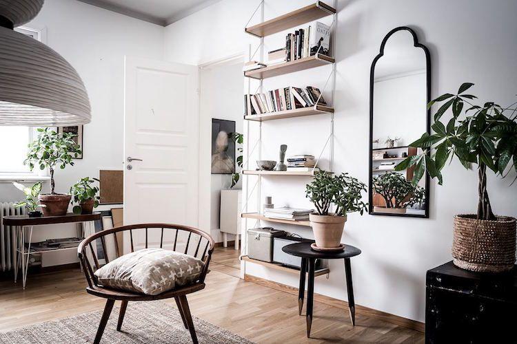 Gezellige Zweedse Woonkamer : Oud ontmoet nieuw in een charmant zweeds huis interieur