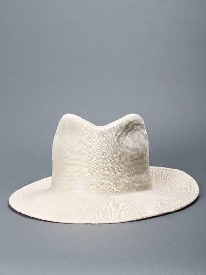 Mediterranean beauty w/ Scha ultralight hat with a pliable wire in ...