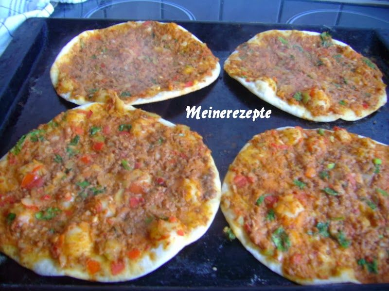 Türkische Pizza-Lahmacun,Türkische Rezepte,türkische Küche