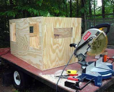 Building A Dog Box For Beagles Dog Box Dog Box For Truck Diy
