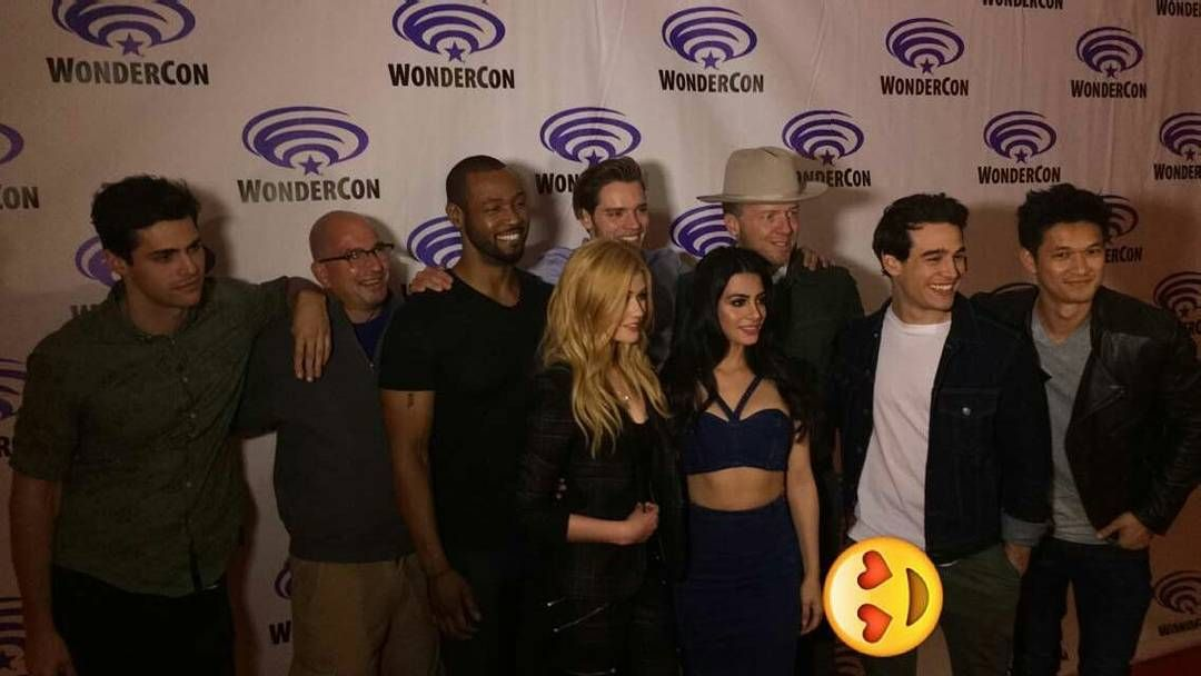 """The cast, showrunner and executive producer  cr: shadowhunterstv Snapchat"""
