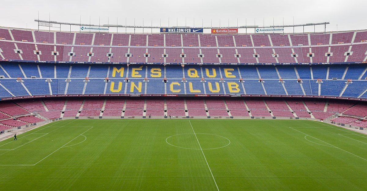 كامب نو بمدينة برشلونة في اسبانيا هو أكبر ملعب كرة قدم في أوروبا يتسع هذا الملعب لحوالي 100 ألف متفرج وقد أستضاف المبا Camp Nou Seating Plan Camping