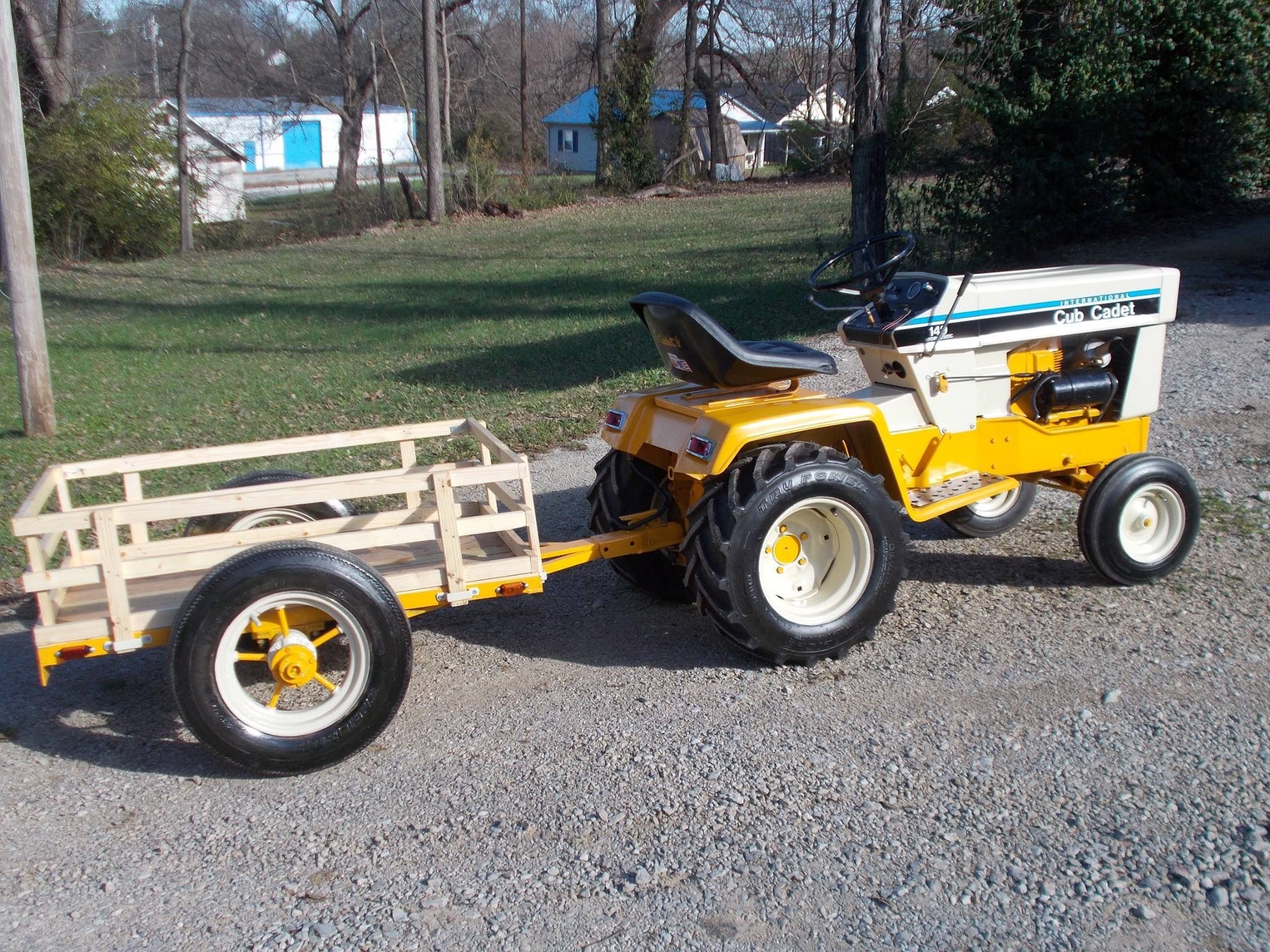 cub cadet 149 garden tractor an very nice custom wagontrailer - Garden Tractor Trailer