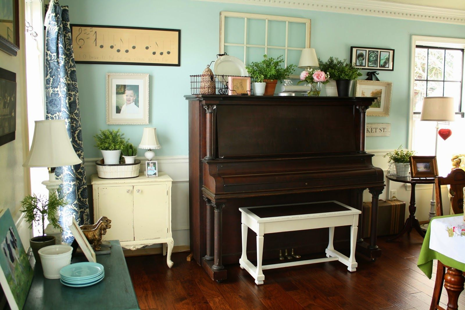 How To Decorate A Piano Studio Fun Decorating Ideas For A Piano